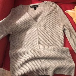 Banana Republic Petite Small Gray Sweater.